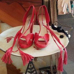 Oscar de la Renta Red Patent Leather Tassel Heels